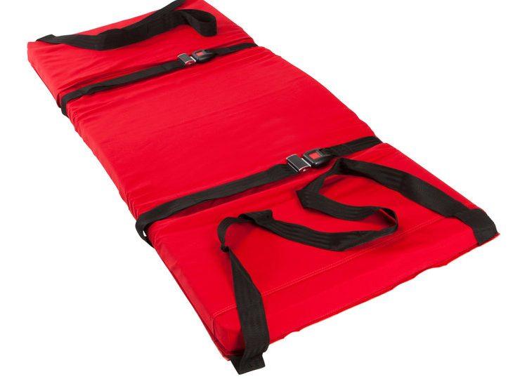 Ski pad with 2 restraining strap option