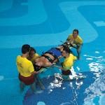 Ferno-Aquaboard-in-pool-2
